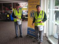 Lions Barry and Bill also collecting at Tesco